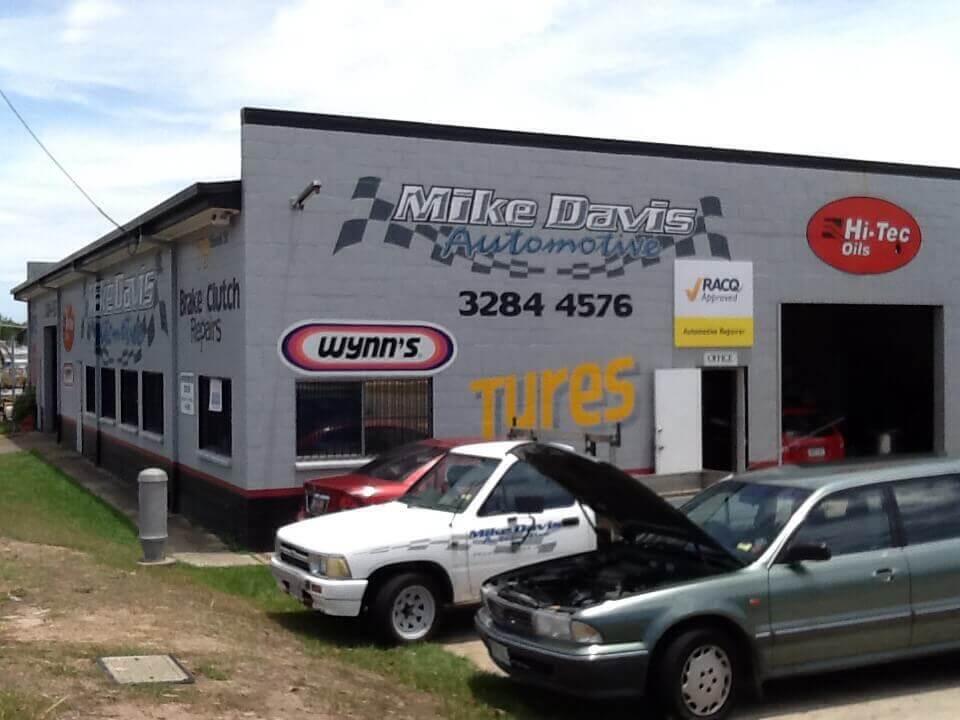 Mike Davis Automotive shop front